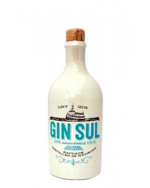 GIN SUL in der typischen Tonflasche