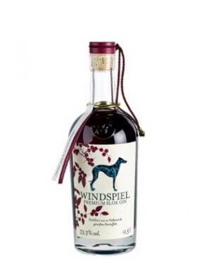 Der Windspiel Sloe Gin verführt durch seine Fruchtigkeit.